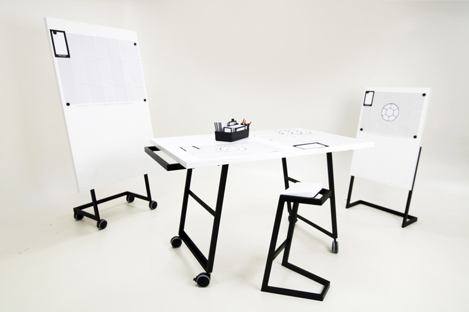 manual thinking work table panel 04