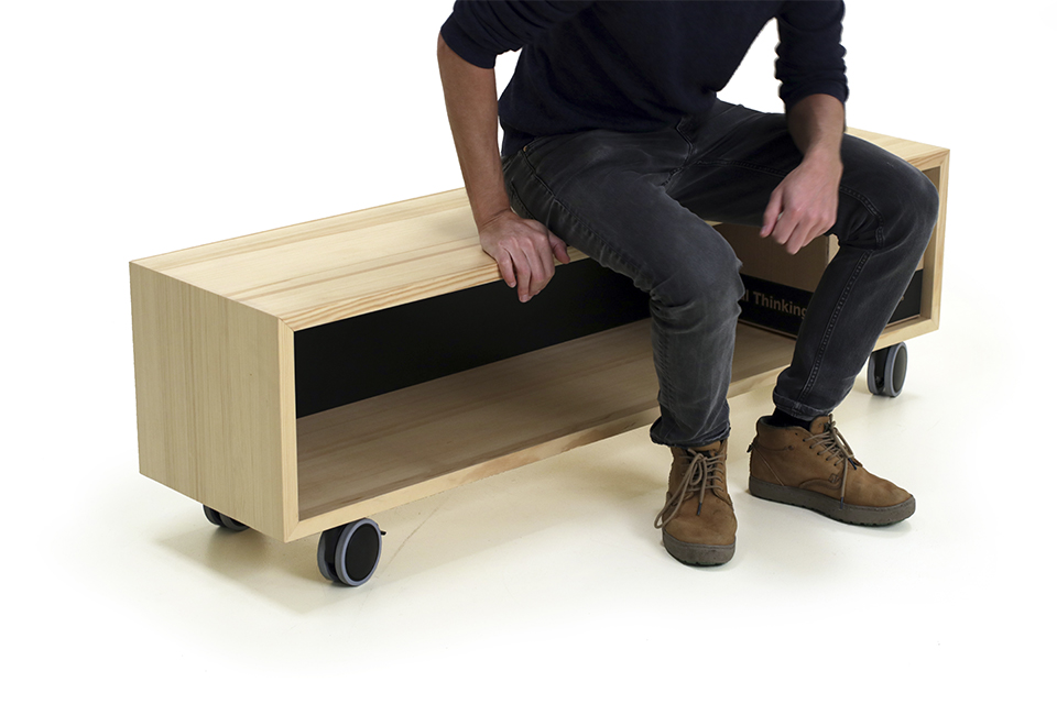 manual thinking bench 03